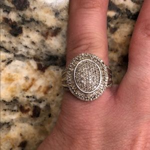 Jewelry - SS 1ct Diamond sparkly ring